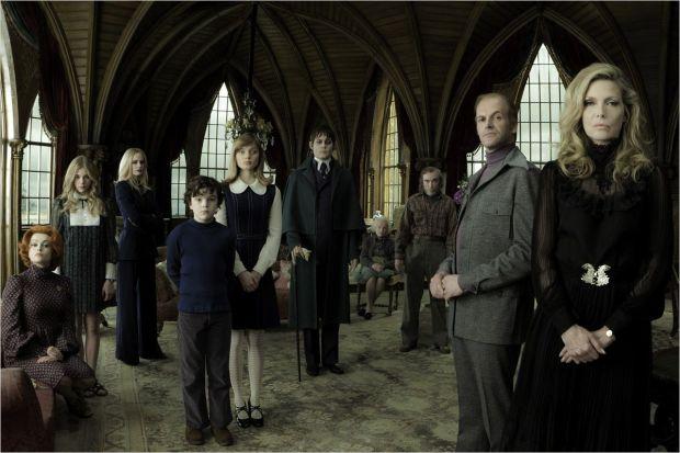 """Une famille hors du temps qui participe au succès de ce """"soap opéra"""" gothique et intemporel."""